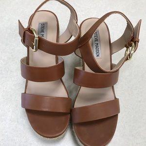 Steve Madden size 7 leather Valery Sandals